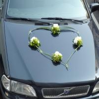 28 Esküvői autódísz