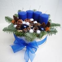 karacsonyi_asztaldísz_kék