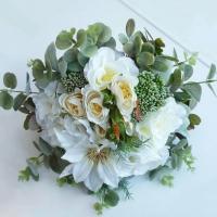 Bohém menyasszonyi csokor eukaliptusszal