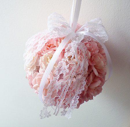 Rózsaszín virággömb