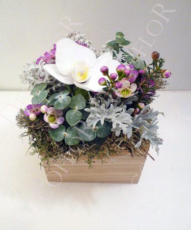 Nőnap virág csokor, nőnapi virágdoboz, nőnapra