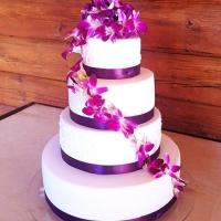 10 Esküvői torta virág díszítés
