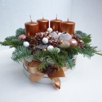 Adventi virágdoboz gyertyákkal