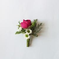 24 Esküvői kitűző