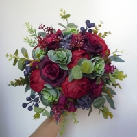 Bordó és kék őszi menyasszonyi csokor